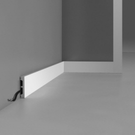 Moldingas DX157-2300 (2300x66x13) mm
